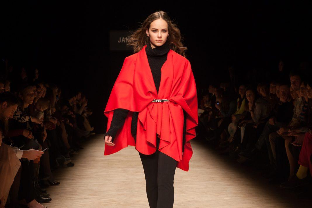 prezentari de moda